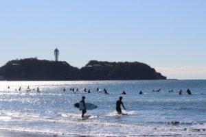 About | 湘南・鵠沼海岸のサーフィンスクール『QEST(クエスト)』